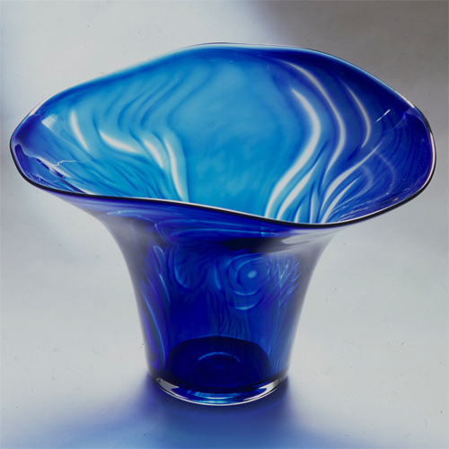 Blue growth: graal bowl
