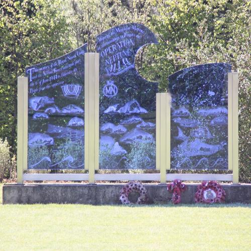 Caen_memorial